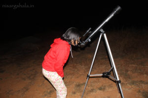Sannidhi Gokhale taking a look at the moon.